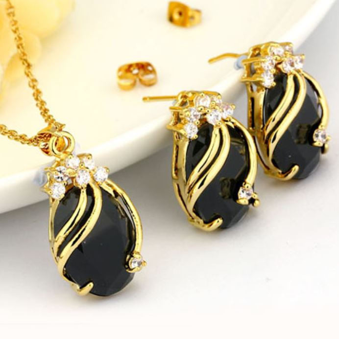 Black 18k Gold Plated Bridal Jewelry Sets Wedding Crystal Necklace Earrings Gorgeous